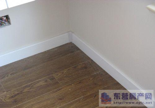 扬子地板教你如何选购质优环保木地板踢脚线—资讯