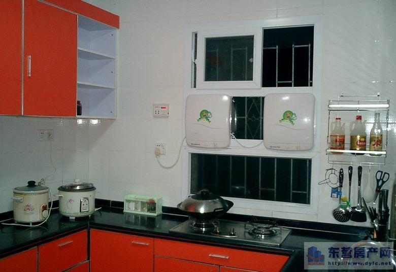 厨房同时安装排气扇和油烟机的问题-开放式厨房除了