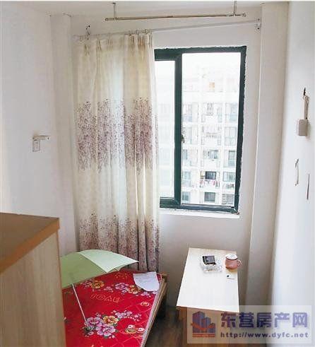 像用石膏板将客厅分隔成几个单间的情况,还算不上变动房屋承重结构和