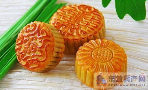 中秋节临近记者调查:今年你会买月饼吗