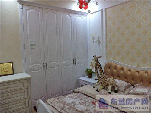 多尔贝衣柜——卧室装修效果图