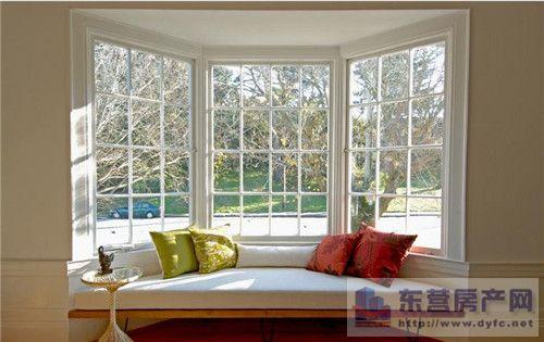 家庭落地飄窗怎么裝修:落地飄窗設計有學問