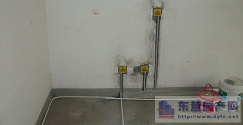 水电改造省钱窍门六,电路安装:电路分色不明确      常见猫腻