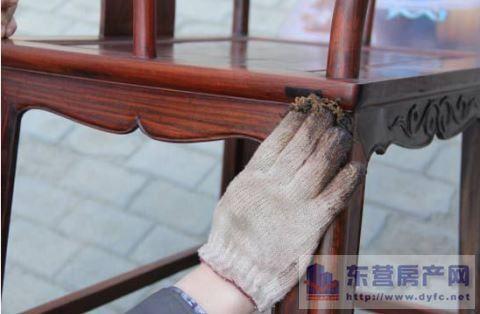 如何进行红木家具的清洁保养?赶紧看看这里