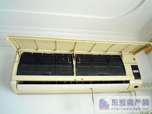 空调机外墙排水管结构图